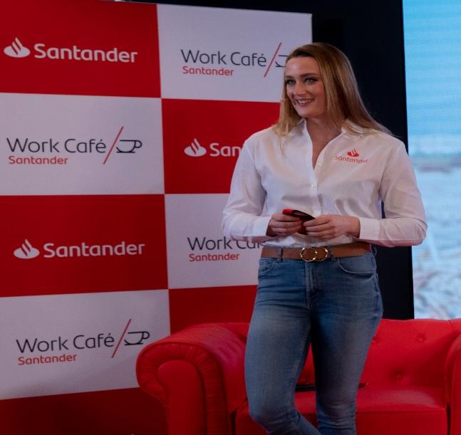La visita de Mireia Belmonte al Work Café antes de los Juegos, gran repercusión en los medios